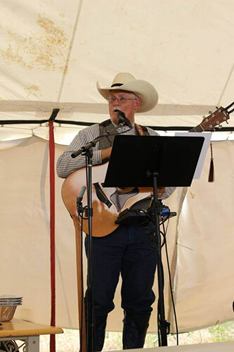 Greg Singing in Wyoming